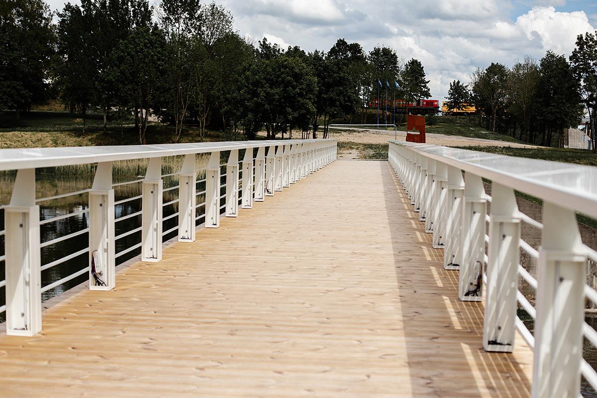pesciuju tilto irengimas