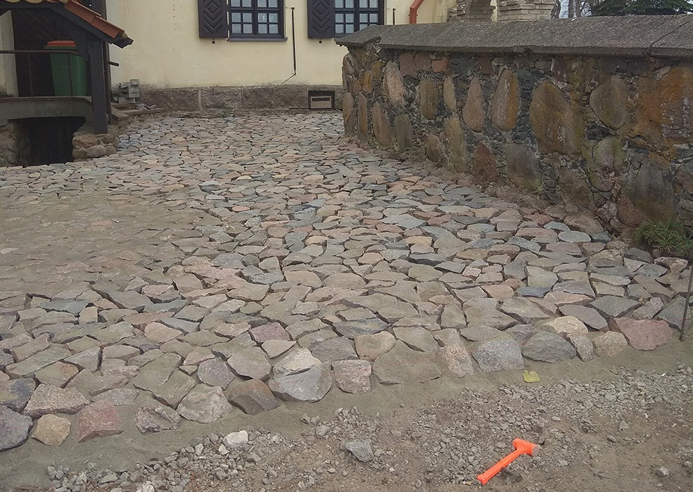 akmens klojimas