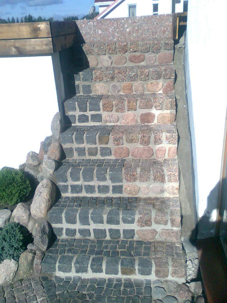 laiptai is akmens