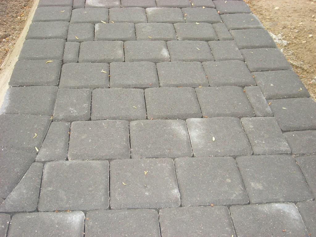 betono trinkelių tarpeliai