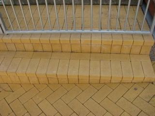 laiptai iš trinkelų